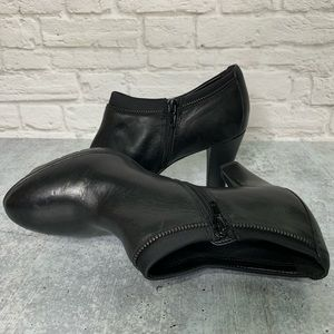 Anne Klein Shoes Black Leather Booties Size 8-1/2M